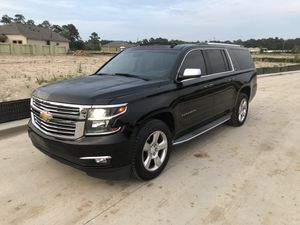 Chevy suburban 2015 for Sale in Houston, TX