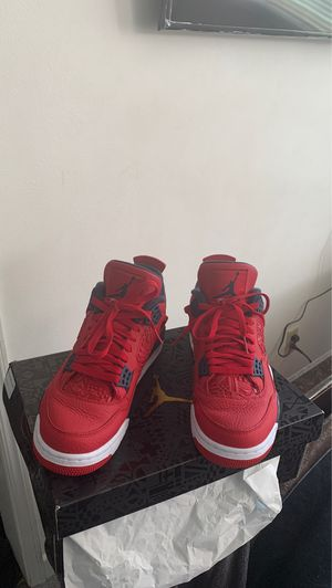 Air Jordan 4 Retro SE Red for Sale in San Leandro, CA