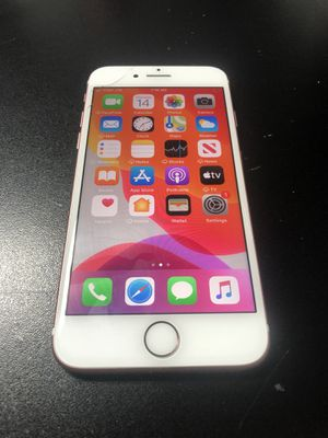 iPhone 7 32gb unlocked small crack for Sale in Mooresville, NC