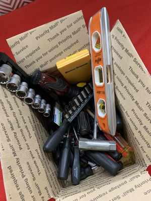 Box of Misc Tools for Sale in Fresno, CA