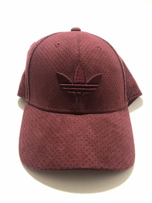 Adidas sports dad hat for Sale in Carson, CA