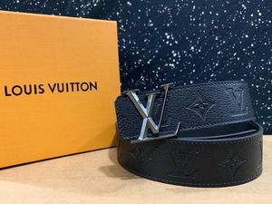 Louis Vuitton Imprint Belt *Black Friday Sale for Sale in Queens, NY
