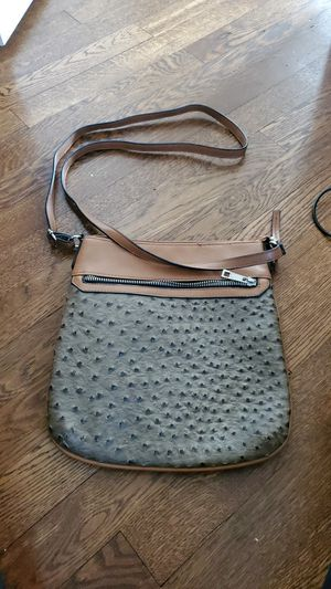Cute crossbody bag for Sale in Parma, OH