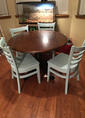 Table and Chair Set for Sale in Graham, WA