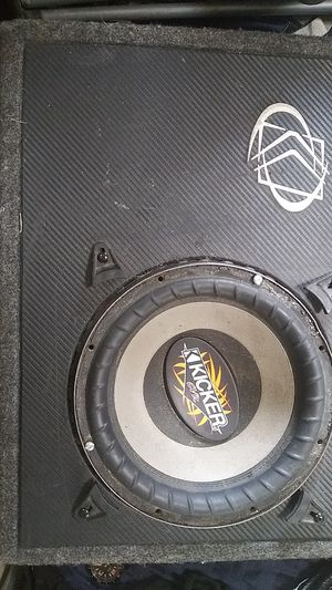 10 inch kicker subwoofer for in truck box for Sale in Wheat Ridge, CO