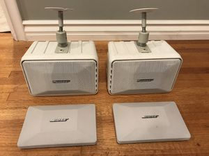Bose 101 indoor:outdoor speakers w/extra covers & mounting brackets. for Sale in Los Nietos, CA