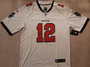 (L) Tampa Bay Buccaneers Tom Brady Jersey Adult Size Large for Sale in Chicago, IL