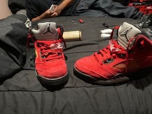 Jordan 5 raging bull (size 6.5) for Sale in San Jose, CA