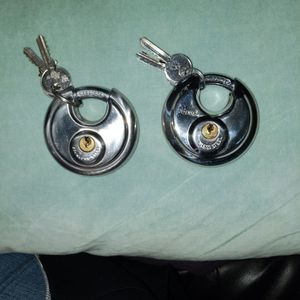 Two Storage Unit Locks with Keys for Sale in Portland, OR