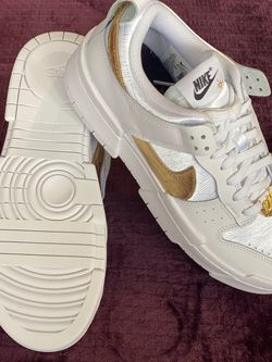 Dunk Low Disrupt White/Gold for Sale in Woodburn,  OR