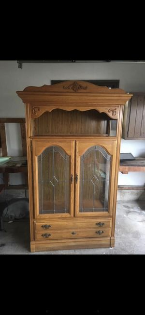 Lighted Cabinet for Sale in Clearwater, KS