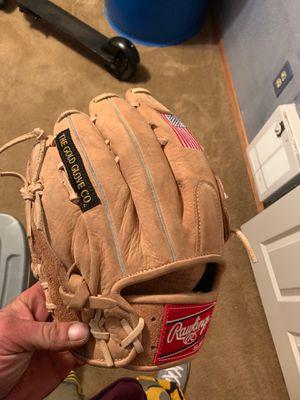 Baseball glove for Sale in Spokane, WA