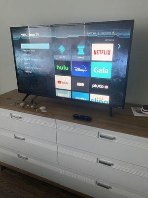 """43"""" TCL Roku 4k Smart TV for Sale in Melbourne, FL"""