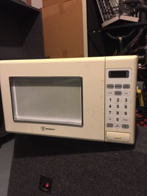 Westinghouse microwave for Sale in Chicago, IL