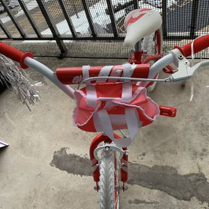 "16"" Girls Bike for Sale in Schaumburg, IL"