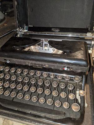 Vintage ROYAL Portable Typewriter for Sale in San Jose, CA
