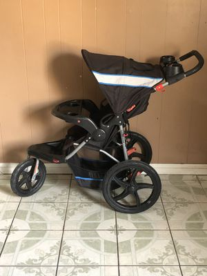 LIKE NEW BABY TREND JOGGING STROLLER for Sale in Riverside, CA