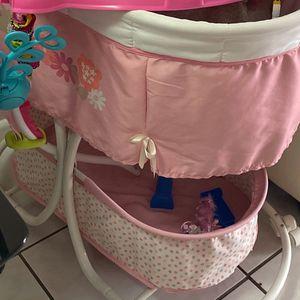 Baby Stuff Free for Sale in Miami, FL