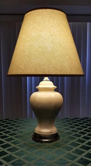 Elegant Ceramic Lamp for Sale in Palmdale, CA