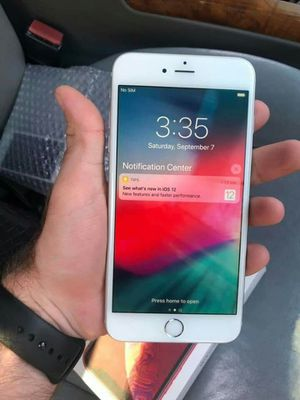 Iphone 6S, Factory UNLOCKED...Perfect Condition..Like New. for Sale in Springfield, VA
