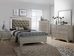 Bedroom set Queen bed +Nightstand +Dresser +Mirror. Mattress not included for Sale in West Hollywood, CA