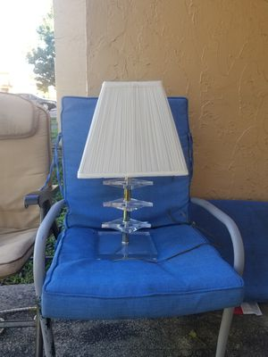 Lucite lamp for Sale in Lauderdale Lakes, FL