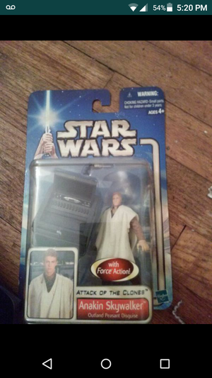 Star wars attack of the clones toy action figure Yoda anakin for Sale in Compton, CA