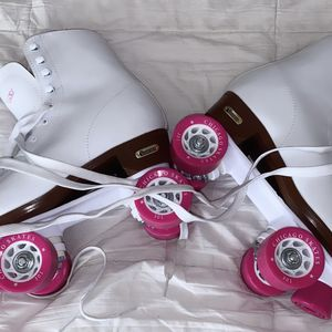 roller skates.. nearly new. only used once size 10 for Sale in Eastvale, CA