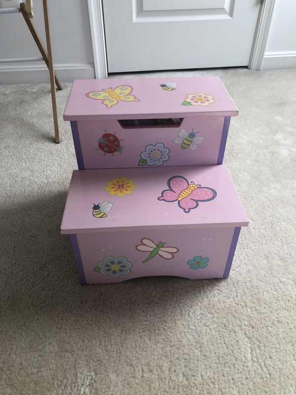 Girl step stool