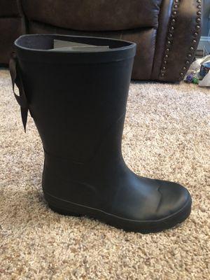 Lemon Rain Boots Size 6 for Sale in Fayetteville, NC