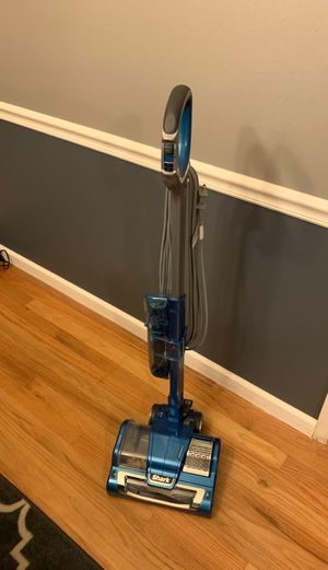 Shark Vacuum for Sale in Chesterfield, MO