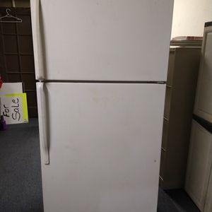 Refrigerator for Sale in Moreno Valley, CA