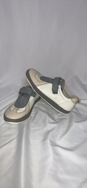 CAMPER DOMUS OXFORDS/SNEAKERS size 33 for Sale in Las Vegas, NV