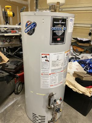 Gas Water Heater for Sale in Auburn, WA