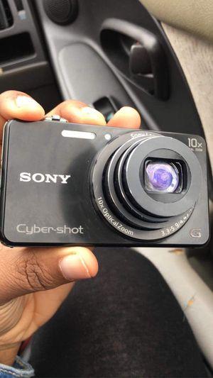 Sony cybershot for Sale in Cincinnati, OH