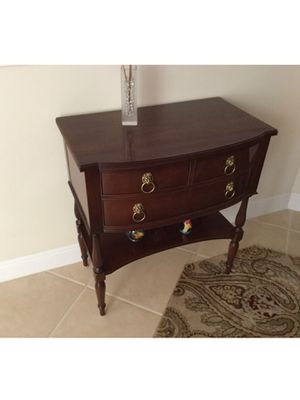 Hickory Chair, James River Federal side chest. for Sale in Fort Myers, FL