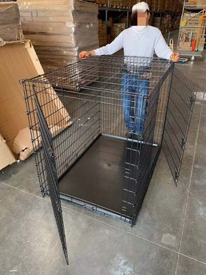 XXL 54x36x45 inches tall large 2 doors heavy duty dog cage crate kennel 200 lbs capacity assembly required some minor wear and tear jaula de perro for Sale in Covina, CA
