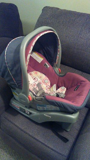 Graco snugride carseat & Stroller for Sale in Wilson, NC