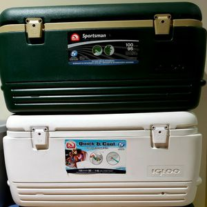 Igloo Quick and Cool 100 Quart Cooler, Like NEW for Sale in Orting, WA