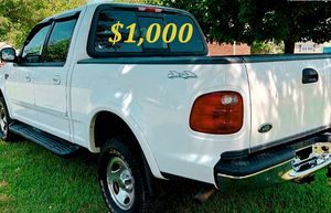🟢💲1,OOO For sale URGENTLY this Beautiful💚2002 Ford F150 nice Family truck XLT Super Crew Cab 4-Door Runs and drives very smooth V8🟢 for Sale in Tampa, FL