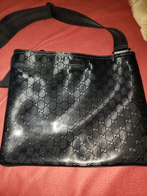 Gucci Messenger Bag for Sale in Chicago, IL