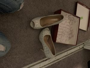 Delicacy high heels size 6 1/2 for Sale in Las Vegas, NV