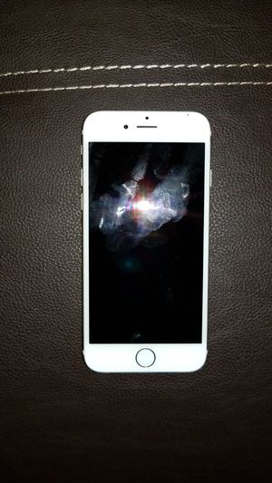 IPhone 6 16gig gold for Sale in Philadelphia, PA