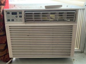 Window air conditioner for Sale in Brentwood, MO
