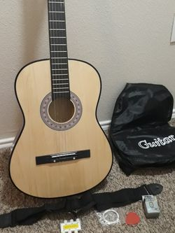 Acoustic guitar Set. for Sale in Roanoke,  TX