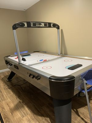 Used Air Hockey Table (READ DESCRIPTION) for Sale in Troy, MI