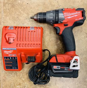 """Milwaukee M18 FUEL 18V Lithium Ion Brushless Cordless 1/2"""" inch Hammer Drill Driver with Battery & Charger for Sale in Hollywood, FL"""