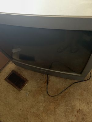 40 inch tv and 32 inch tv both works good for Sale in Peoria, IL