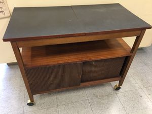Serving cart with warmer for Sale in Fort Washington, MD