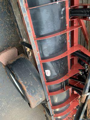 Snow plow Hiniker 2891 9 foot C plow for bobcat skid steer for Sale in Oak Lawn, IL